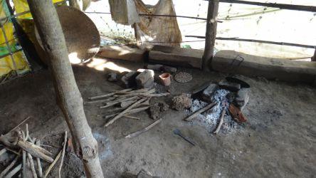 農村の家庭内の様子